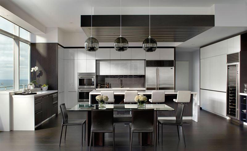 Пять кухонь в американском стиле, которые понравятся всем.